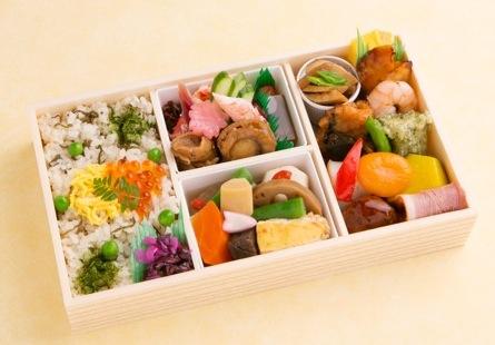 おもてなし弁当2000円(札幌三越)